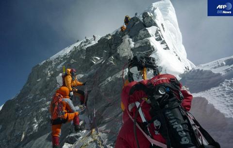 Everest100111-3